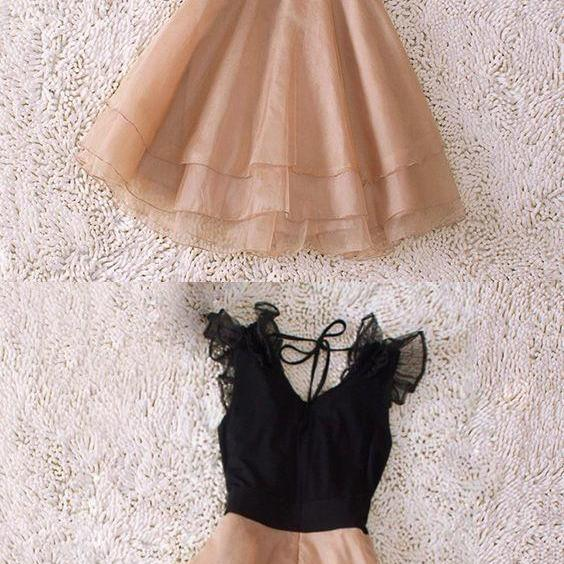 A-Line V-Neck Short Champagne Chiffon Homecoming Dress with Flowers Tiered